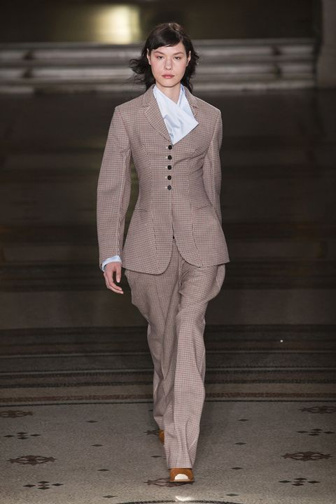 Fashion, Fashion show, Runway, Fashion model, Clothing, Suit, Pantsuit, Human, Outerwear, Formal wear,
