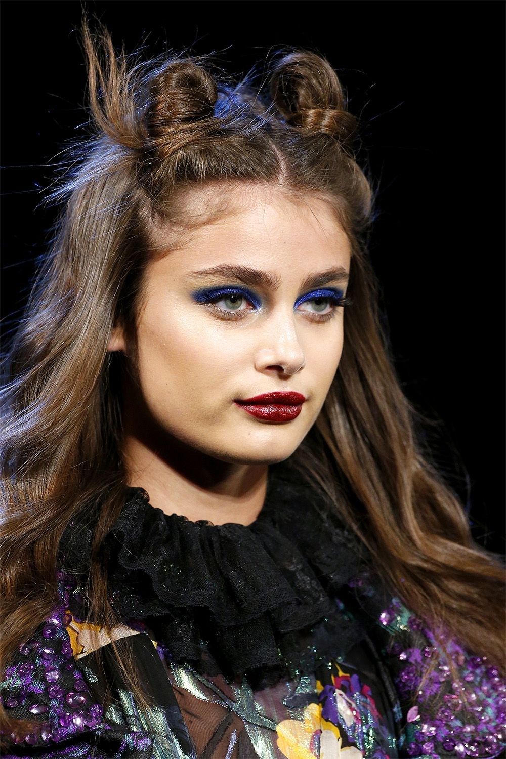 To acquire Beauty Fall Trend: Berry Lips picture trends