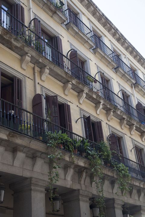 Balcony, Building, Architecture, Property, Facade, Neighbourhood, Apartment, House, Real estate, Material property,