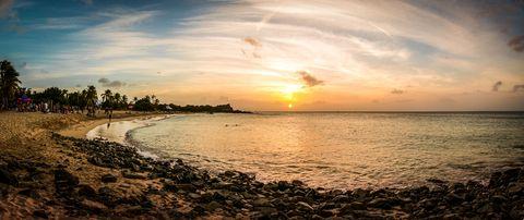 Sky, Body of water, Horizon, Sea, Beach, Sunset, Cloud, Water, Ocean, Shore,