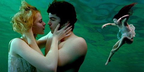 Water, Human, Underwater, Romance, Photography, Fictional character, Happy, Illustration,