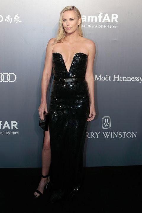 Clothing, Dress, Shoulder, Joint, Style, Waist, Fashion model, Strapless dress, Fashion, One-piece garment,