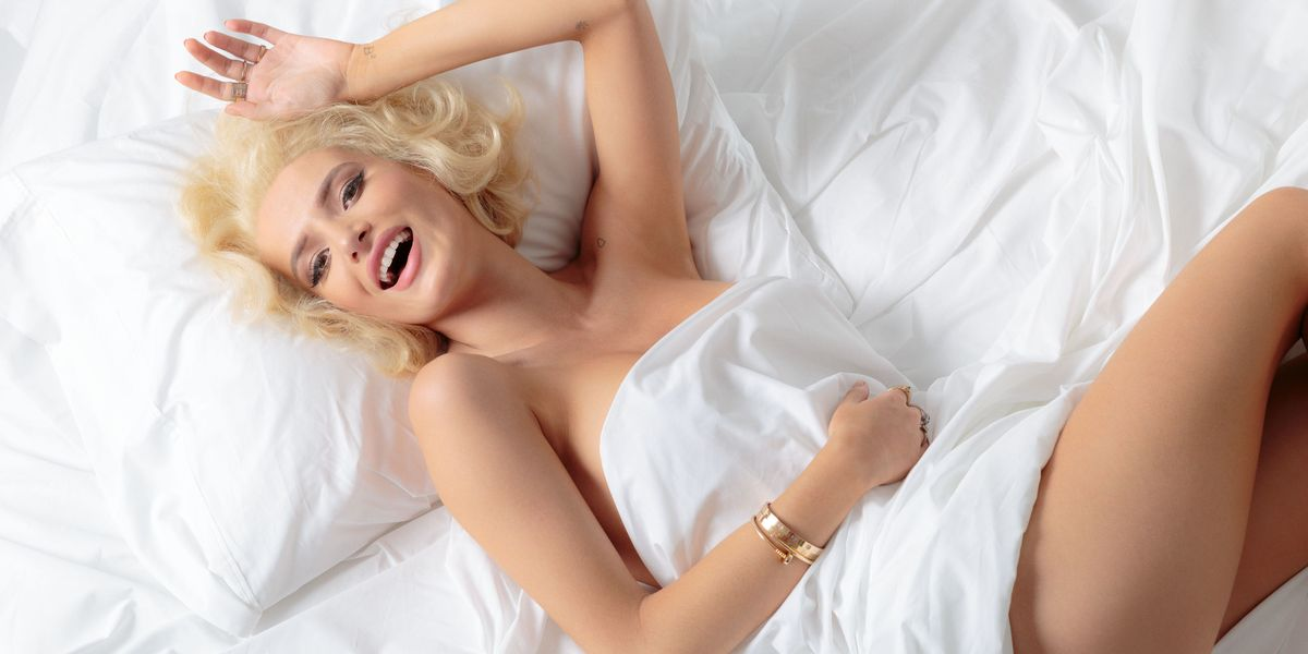 Bella Thorne Poses Nude for Marilyn Monroe-Inspired Photo Shoot