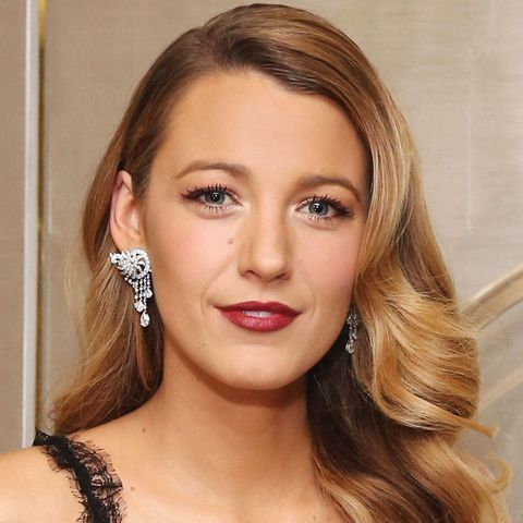 3327823dce0 Blake Lively Beauty Interview About Makeup