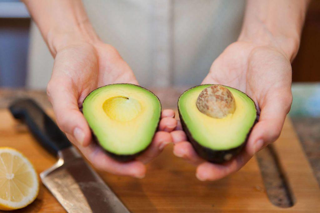 10 Healthy Two-Ingredient Avocado Recipes