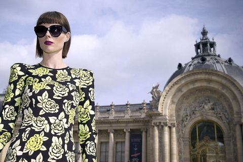 Eyewear, Glasses, Sunglasses, Street fashion, Goggles, Arch, Medieval architecture, Classical architecture, Dome, Palace,