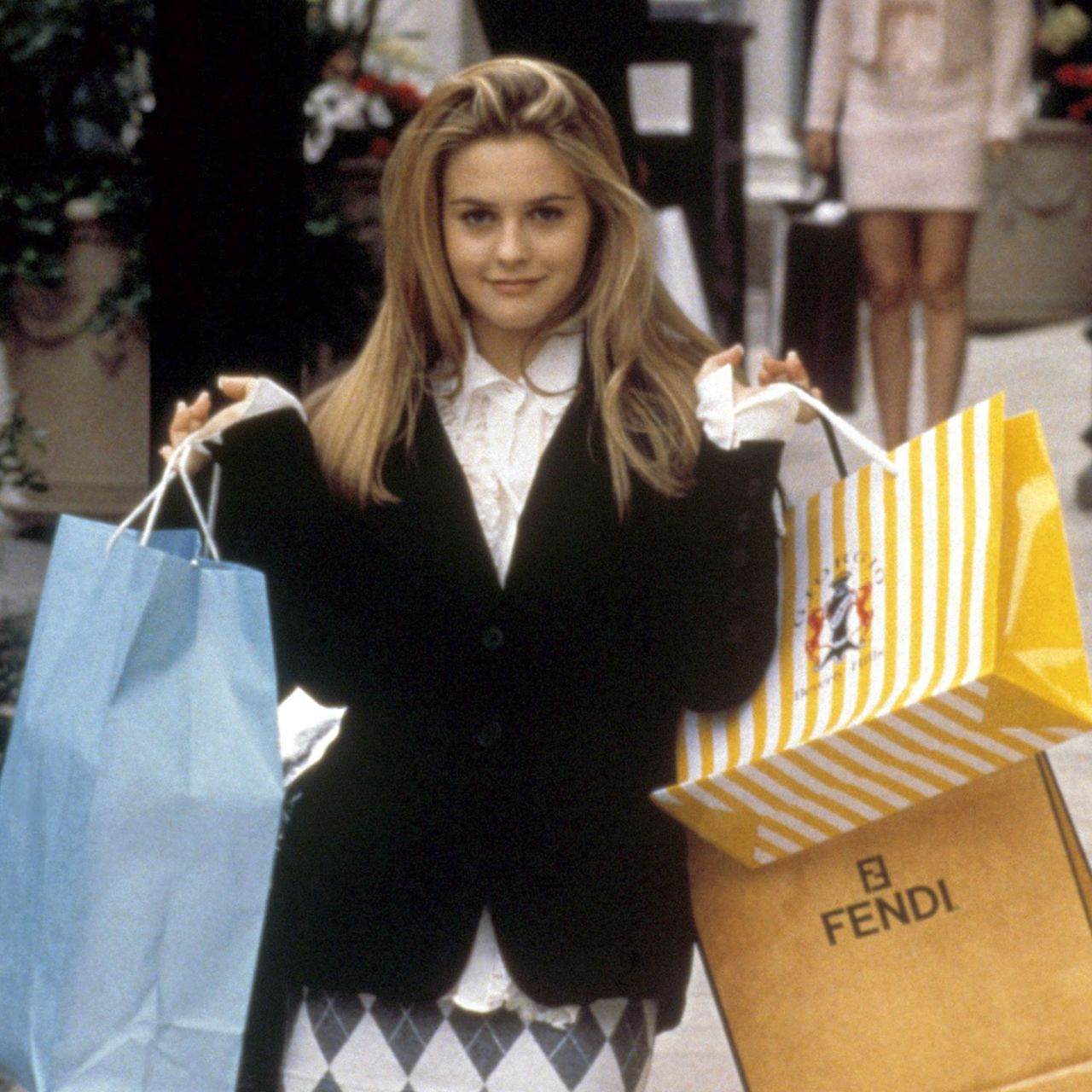 11 Problems Fashion Girls Have While Holiday Shopping