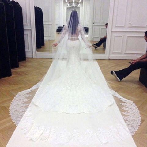 Kim Kardashian S Hairstylist Chris Mcmillan Shares His Wedding