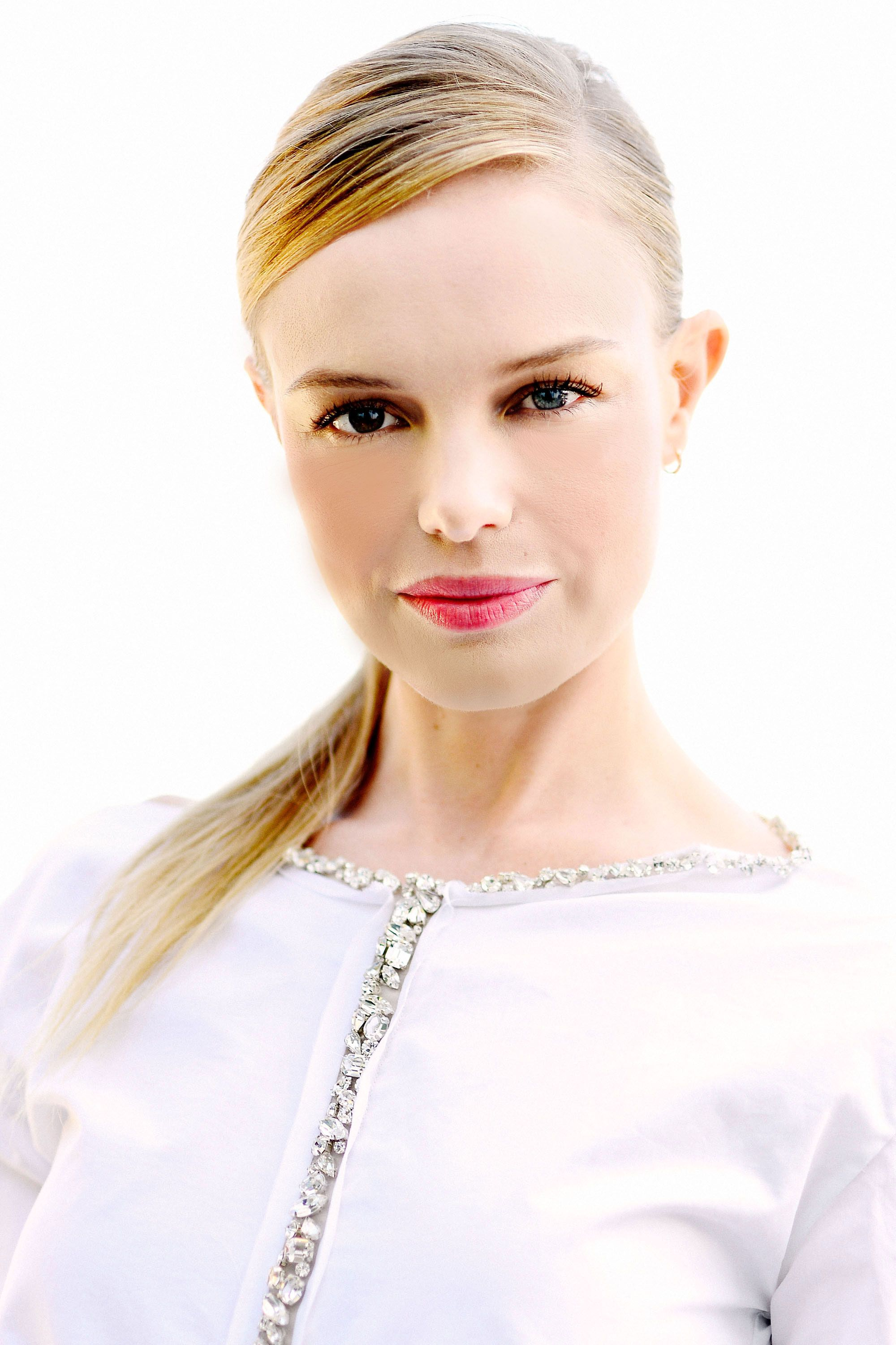 Get Kate Bosworth's Holiday Glow