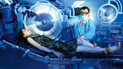 Mechanical fan, Aerospace engineering, Machine, Goggles, Electric fan, Sunglasses, Aircraft engine, Home appliance, Aircraft, High heels,