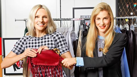 Product, Bag, Fashion, Service, Shelf, Blond, Luggage and bags, Scarf, Street fashion, Shoulder bag,