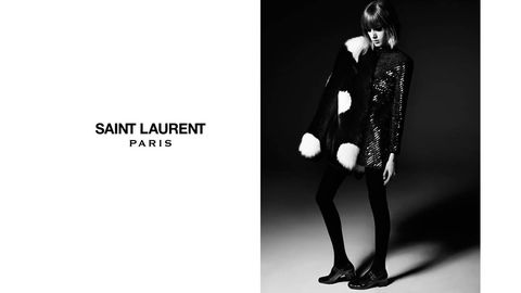 Sleeve, Collar, Style, Monochrome, Monochrome photography, Black-and-white, Black hair, Bangs, High heels, Fashion model,
