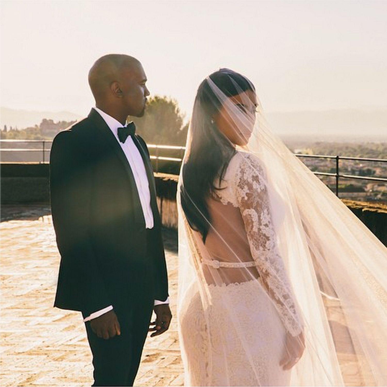 Kim Kardashian Wedding New Photo With Kanye West