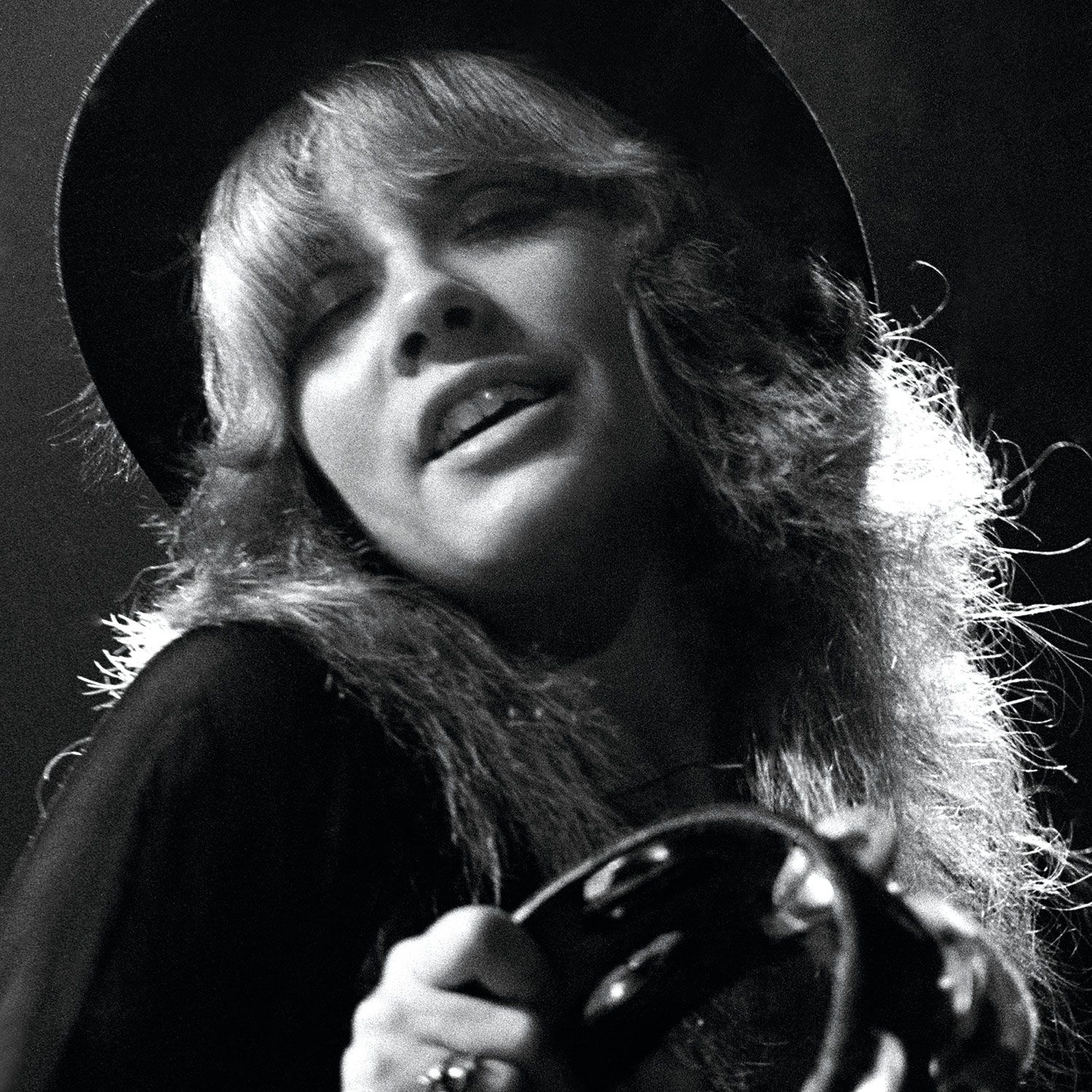 stevie nicks touched by an angel перевод