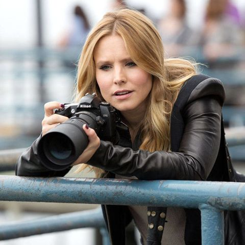 6fcea0b0041f98 Seven years ago, when the CW announced that the sleuthing teenage enigma  known as Veronica Mars would put down her magnifying glass, viewers  sprinted to her ...