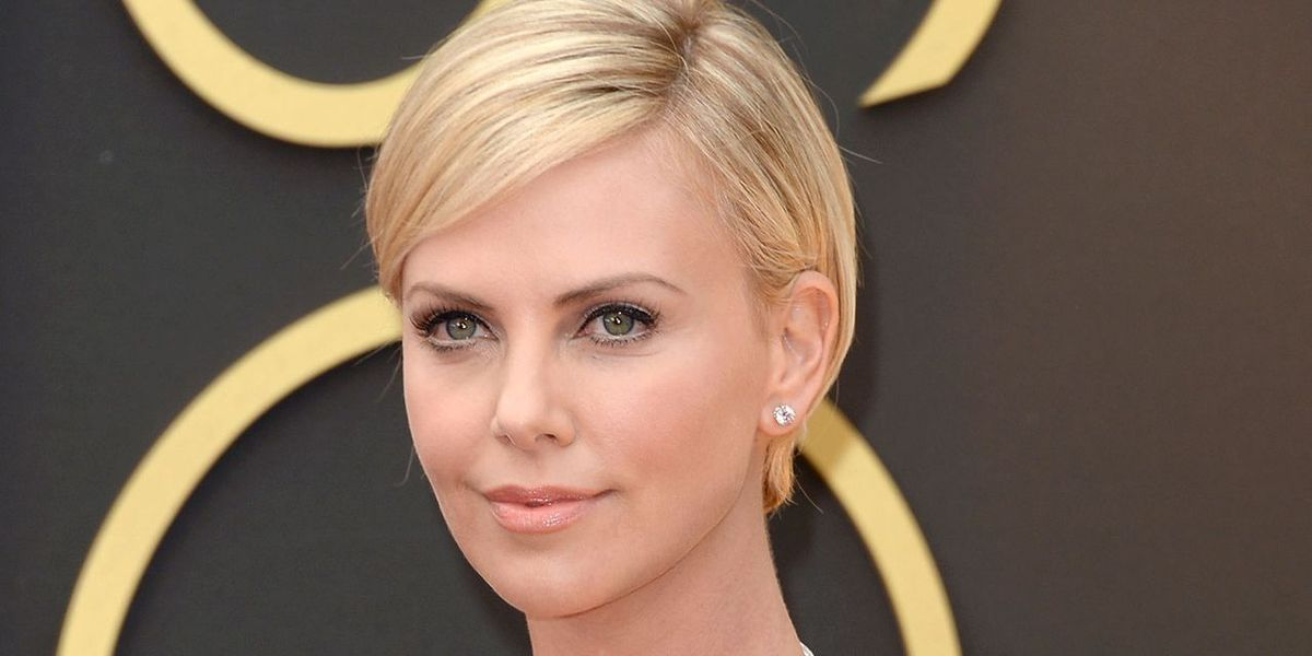 How to Get Charlize Theron's Oscars Glow