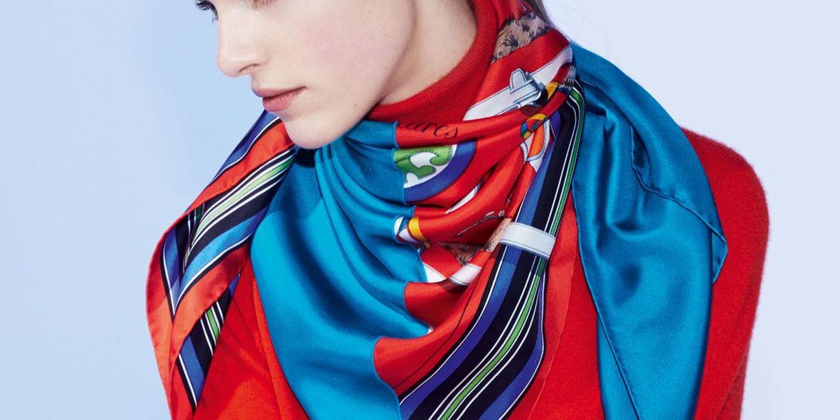 Hermès Teaches You To Tie a Scarf