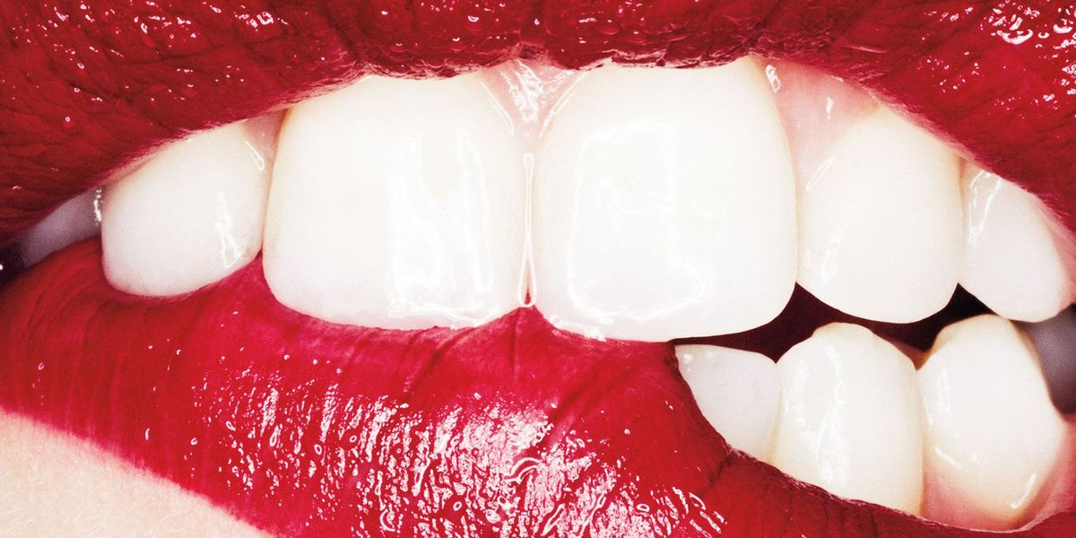 5 Natural Teeth Brighteners