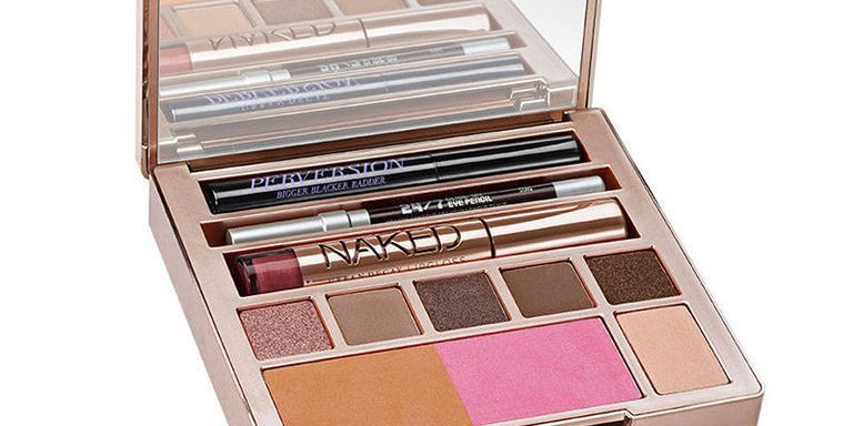 The Perfect Travel-Size Makeup Kit