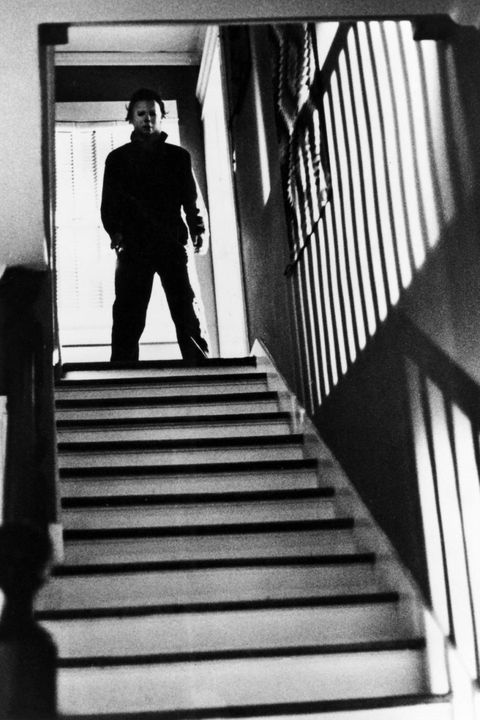 Stairs, Standing, Style, Monochrome, Tints and shades, Monochrome photography, Handrail, Parallel, Black-and-white, Shadow,