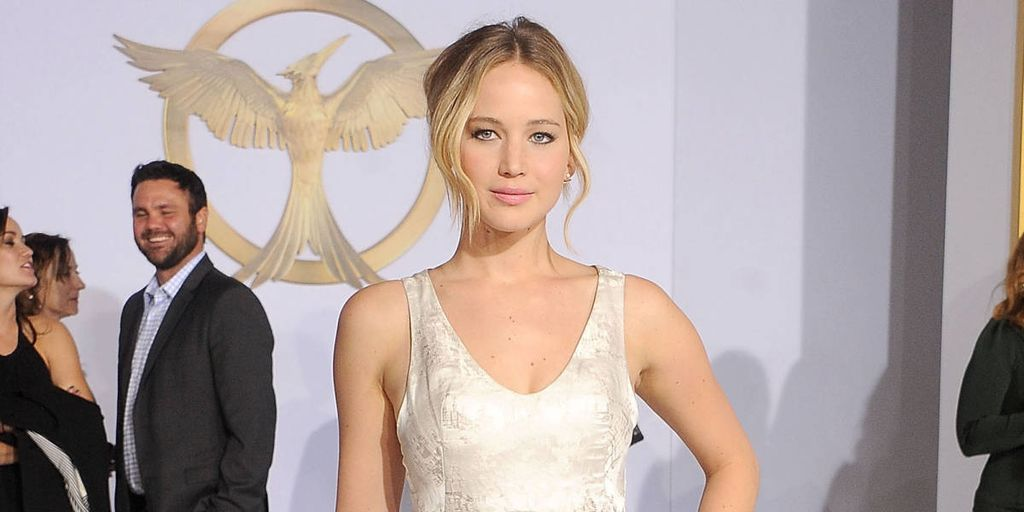 The Best of Jennifer Lawrence's 'Mockingjay Part 1' Wardrobe