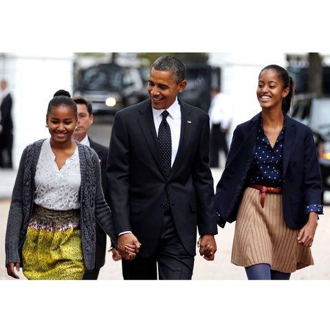 Barack Obama and Sasha and Malia