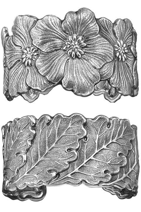 Leaf, Botany, Art, Petal, Illustration, Flowering plant, Black-and-white, Drawing, Monochrome photography, Painting,