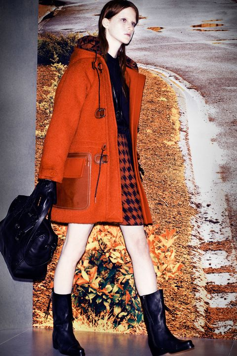 Clothing, Brown, Sleeve, Textile, Coat, Outerwear, Winter, Style, Street fashion, Bag,