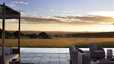 Sky, Horizon, Plain, Outdoor furniture, Sunlight, Morning, Shade, Evening, Bag, Prairie,