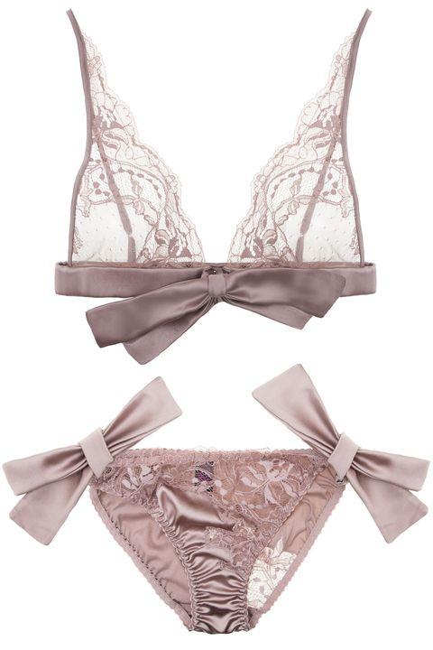 Undergarment, Brassiere, Lingerie, Lingerie top, Swimwear, Underpants, Undergarment, Drawing,