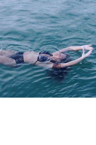 Fluid, Water, Mammal, Leisure, Summer, Outdoor recreation, Liquid, Muscle, Youth, Water sport,