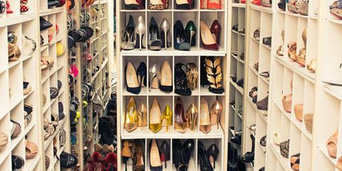 Incroyable A Perfectly Organized, Designer Filled Walk In Closet: The Universal Object  Of Desire For Every Fashionable Woman. While You May Not Have The Real  Estate ...