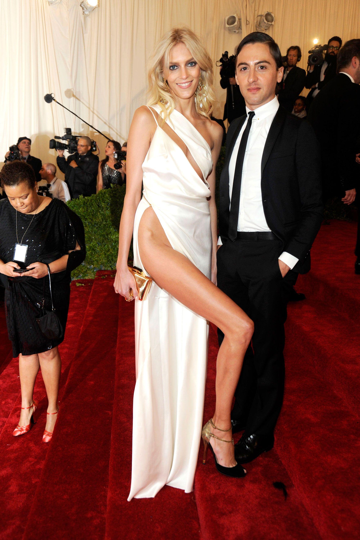 Daring High Slit Dresses Exposure