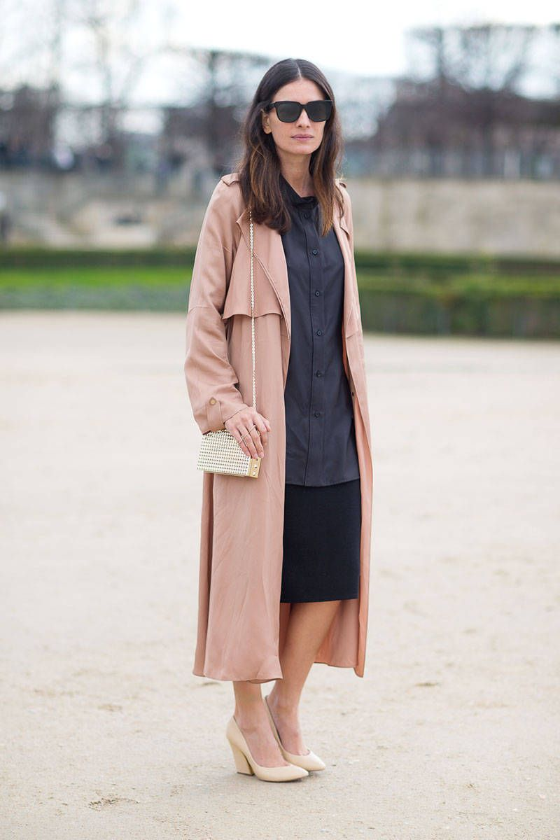 Leila Yavari showcases this season's unstructured look in Paris.