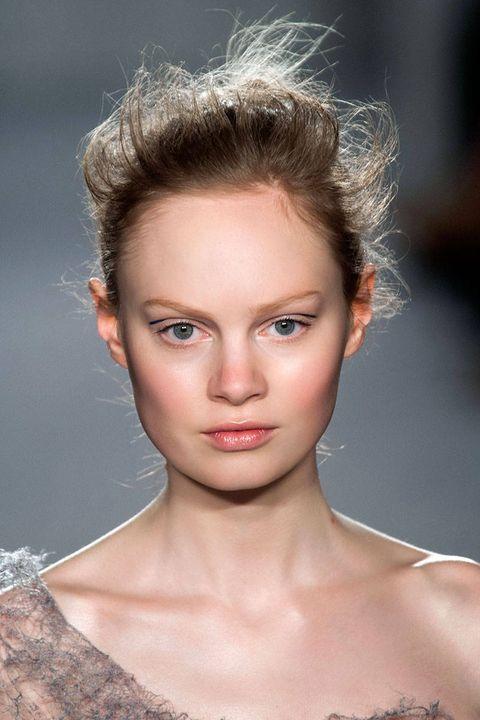 Hair, Head, Ear, Nose, Mouth, Lip, Hairstyle, Skin, Chin, Forehead,