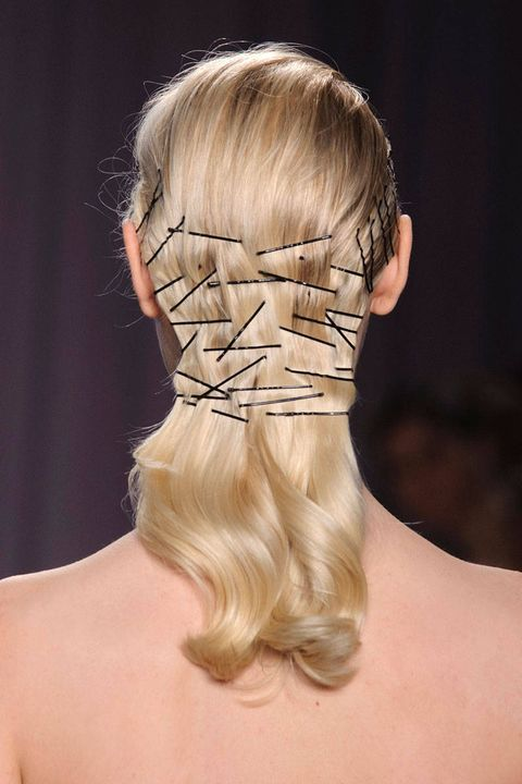 Hairstyle, Shoulder, Joint, Style, Back, Muscle, Tan, Temple, Neck, Blond,