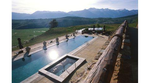 Mountainous landforms, Mountain range, Highland, Hill, Mountain, Valley, Swimming pool, Hill station, Composite material, Ridge,
