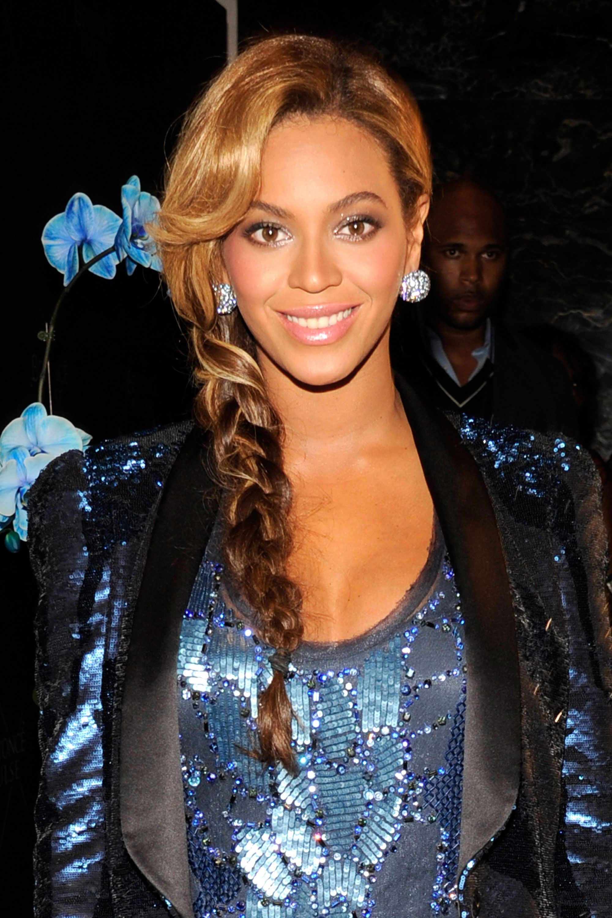 40 beyonce hairstyles - beyonce's real hair, long hair and short