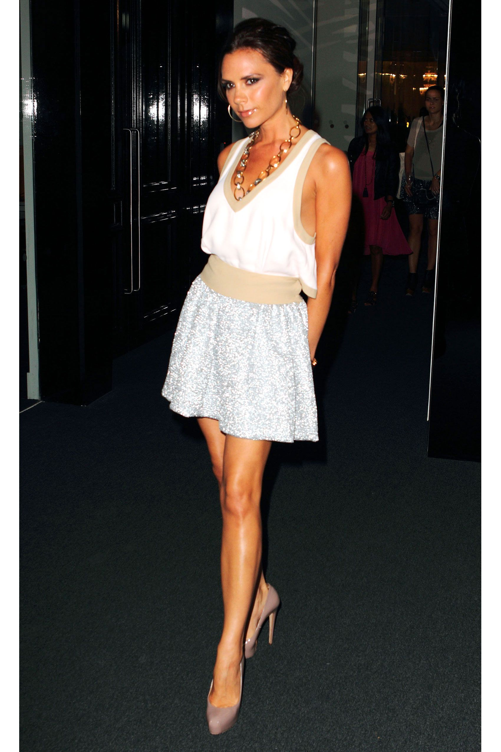 75 Victoria Beckham Looks - Pictures of Victoria Beckham\'s Style for ...