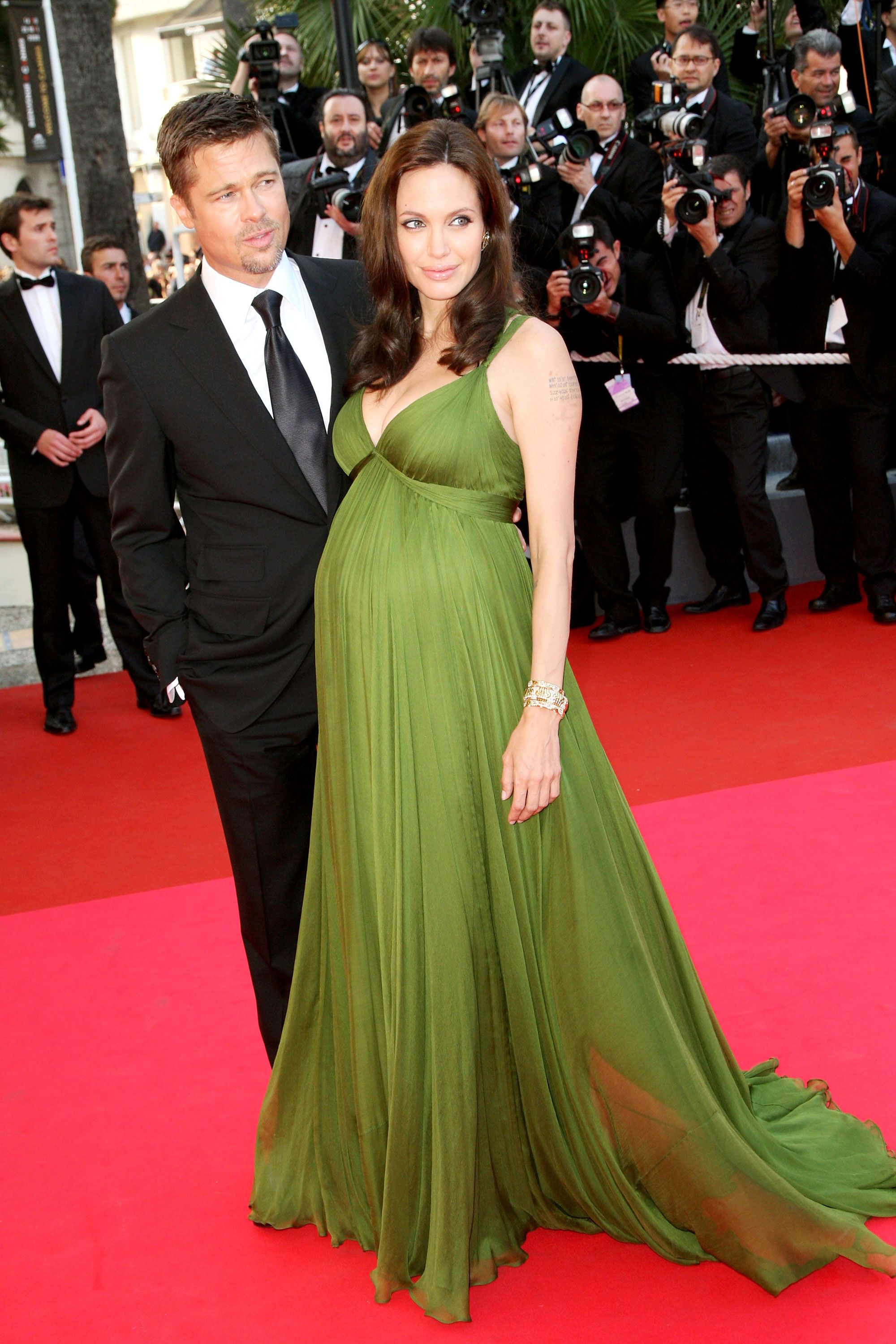 Pregnant Movie Star Evening Dresses