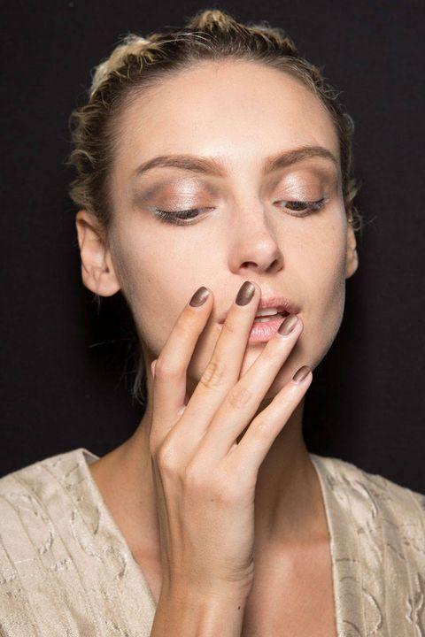Finger, Lip, Hairstyle, Skin, Chin, Eyebrow, Eyelash, Style, Nail, Jaw,