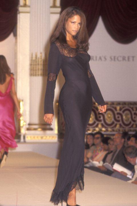 Fashion model, Clothing, Fashion, Fashion show, Dress, Long hair, Beauty, Fashion design, Hairstyle, Runway,
