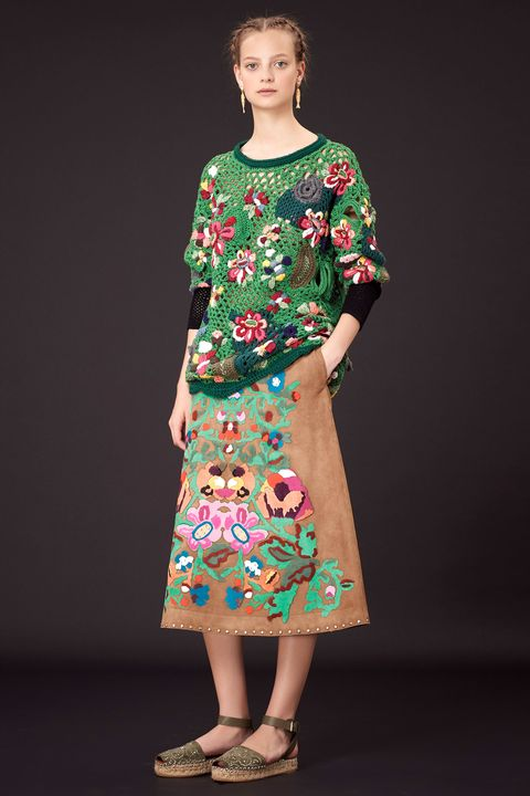 Clothing, Sleeve, Shoulder, Joint, Style, One-piece garment, Fashion, Pattern, Neck, Fashion model,