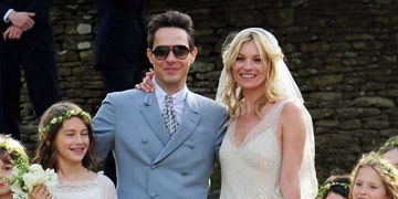 Kate moss wedding pictures photos of kate mosss wedding dress kate mosss wedding junglespirit Choice Image