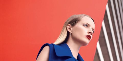 Sleeve, Human body, Shoulder, Collar, Joint, Elbow, Wrist, Formal wear, Electric blue, Fashion,