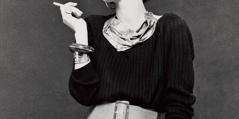 Sleeve, Human body, Hand, Style, Jewellery, Smoking, Fashion accessory, Monochrome, Smoke, Waist,