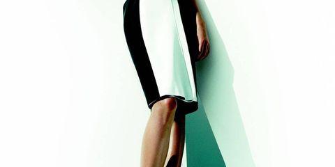 Sleeve, Shoulder, Human leg, Dress, Joint, One-piece garment, Formal wear, Elbow, High heels, Fashion model,
