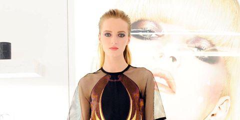 Style, Earrings, Formal wear, Fashion model, Fashion, Beauty, Jewellery, Waist, Model, Body jewelry,