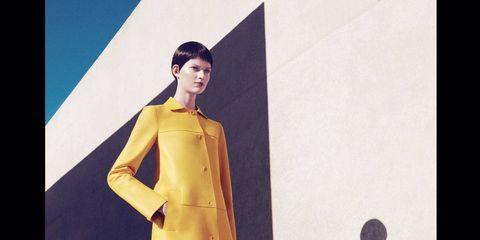 Sleeve, Human body, Style, Formal wear, Fashion, One-piece garment, Fashion model, Street fashion, High heels, Day dress,