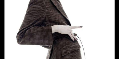 Sleeve, Collar, Textile, Outerwear, Standing, Bag, Style, Street fashion, Blazer, Fashion,